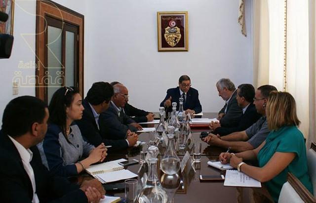 اجتماع رئيس الحكومة الحبيب الصيد مع رئيس اتحاد الفلاحين عبد المجيد الزار03-09-2015
