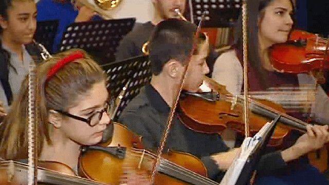 131206181422_turkey_music_640x360_bbc_nocredit