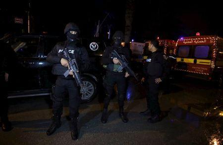 رئيس تونس يعلن حالة الطوارئ لمدة شهر بعد هجوم استهدف حافلة للامن الرئاسي