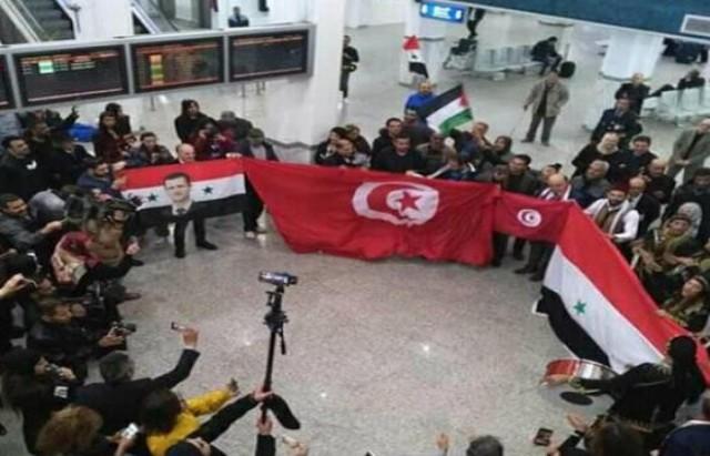 وصول وفد من السياح السوريين إلى مطار المنستير بعد 8 سنوات من انقطاع الرحلات