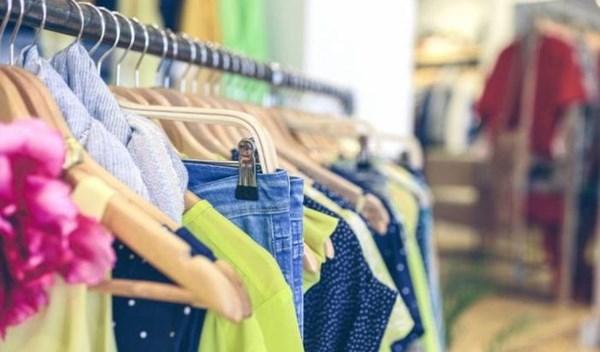 الترخيص للمحلات التجارية بالعمل في النصف الثاني من شهر رمضان